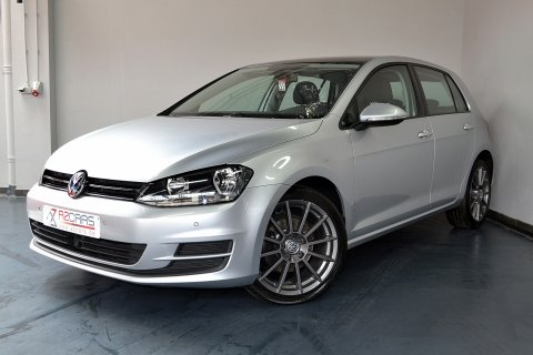 VW Golf 1.6 TDI 5P